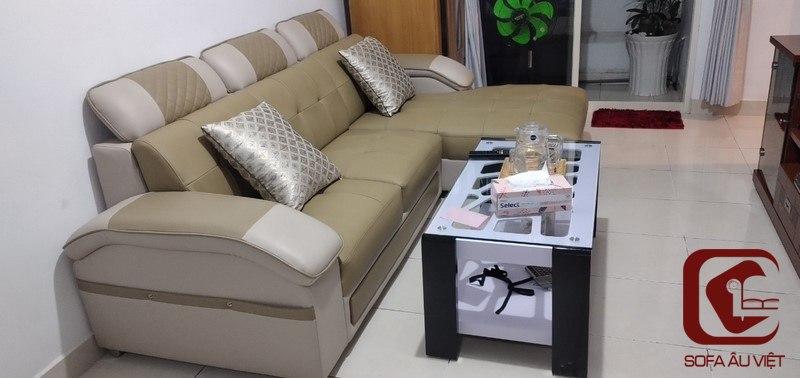 Ghế sofa băng giả da trước khi bọc lại của khách hàng